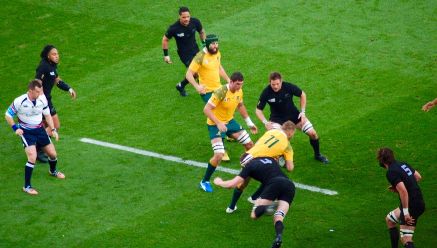The All Blacks spread the field in defense, and Australia seldom got through it.