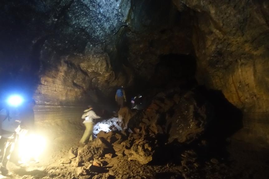 walk-in-cave