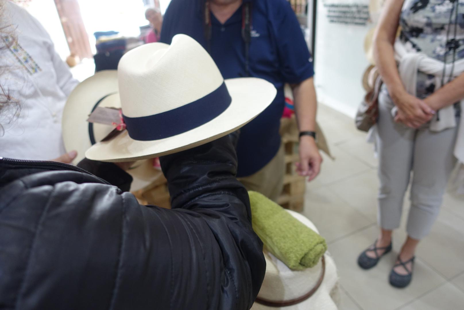 $3,000 hat