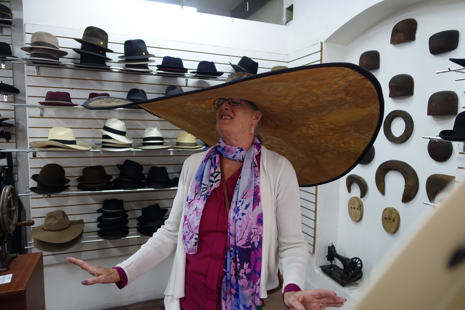 Large hat 1